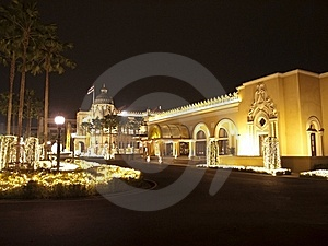 Night Of Government House In Bangkok Thailand Royalty Free Stock Photo - Image: 18323545