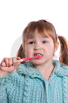 The Little Girl Cleans A Teeth Royalty Free Stock Photography - Image: 18326097