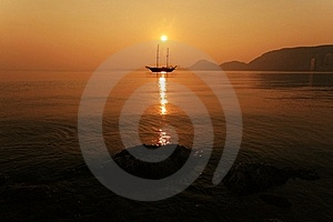 Sunset In Alicante Bay Stock Image - Image: 18326761
