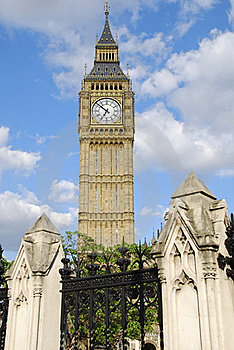 Big Ben Towering Stock Images - Image: 18337264