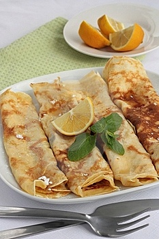 Sugar And Lemon Pancakes Stock Images - Image: 18352054