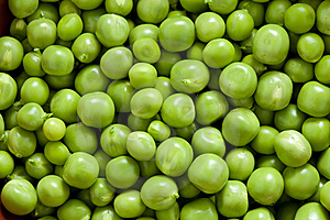 Shelling Peas Royalty Free Stock Images - Image: 18374229