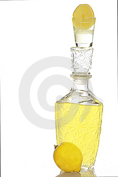 The Made Liquor From The Lemon Royalty Free Stock Photography - Image: 18375347