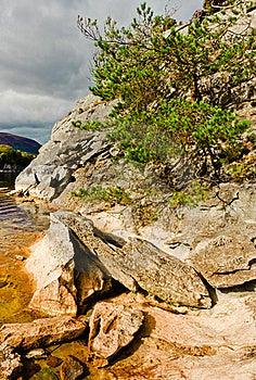 Rocks By Lake, Killarney Ireland Stock Images - Image: 18387254