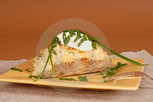 Twice Baked Potato With Chives And Sour Cream Royalty Free Stock Photos - Image: 1848538