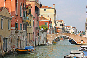 Colorful Bridge Across Canal In Venice Royalty Free Stock Photography - Image: 18419327
