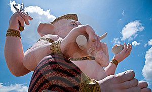 Right-view Of Ganesh: Lord Of Knowledge Royalty Free Stock Photography - Image: 18440987