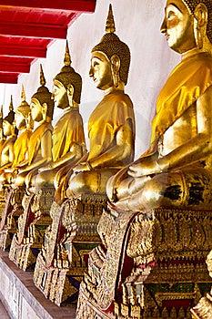 Golden Sitting Buddha Statues Stock Photos - Image: 18459773