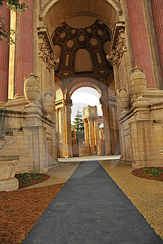 Palace Of Fine Arts Stock Photos - Image: 18517733
