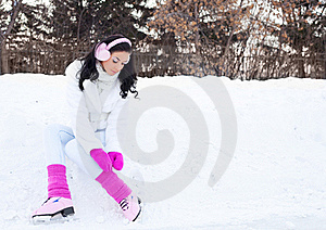 Girl Ice Skating Royalty Free Stock Photography - Image: 18519167