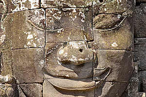 Stone Head On Towers Of Bayon Stock Image - Image: 18544171