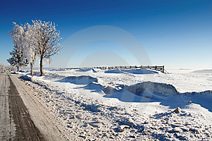 Winter Road On A Sunny Frosty Day Stock Photos - Image: 18552673