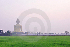 Big Golden Buddha Royalty Free Stock Images - Image: 18603239