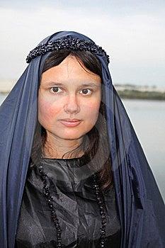 Beutiful Woman In Black Royalty Free Stock Photos - Image: 18643568