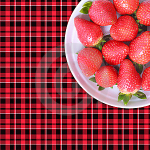 Spring Strawberry Royalty Free Stock Images - Image: 18647309