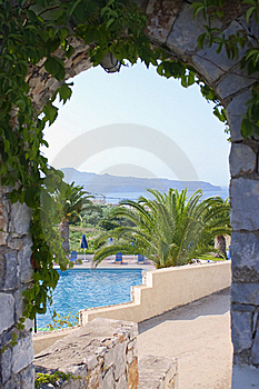 Swimming Pool Seen Through Arc Royalty Free Stock Photo - Image: 18682085