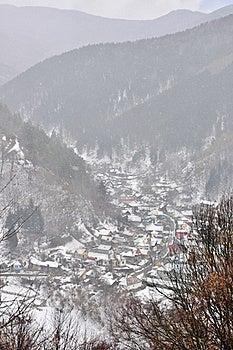 Foggy Mountain Landscape Royalty Free Stock Photo - Image: 18684305