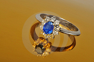 Platinum Sapphire Ring Royalty Free Stock Photo - Image: 18729805