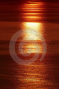 Sunset In Sea Royalty Free Stock Photos - Image: 18765678