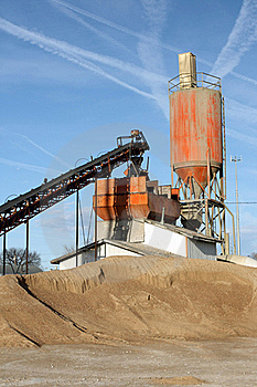 Cement Plant Vertical Royalty Free Stock Images - Image: 18773499