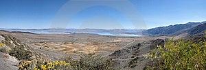 Mono Lake Vista CA Stock Image - Image: 18801761