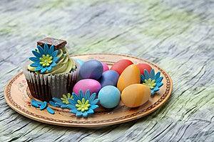 Easter Egg Cupcake Stock Photos - Image: 18867333