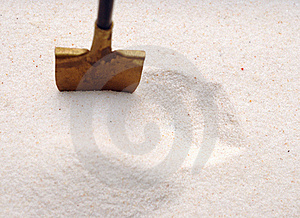 Shovel In A Sand Royalty Free Stock Photo - Image: 18914305