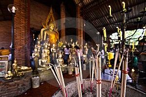Worship The Buddha Statue Stock Photos - Image: 18915373