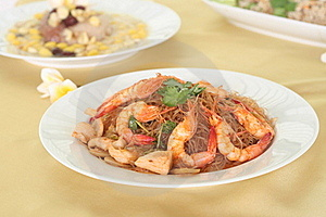 Prawns Cooked In Glass Noodles Royalty Free Stock Image - Image: 18918296