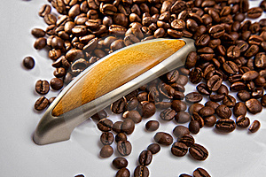 The Door Handle And Coffee Grains Royalty Free Stock Image - Image: 18926776