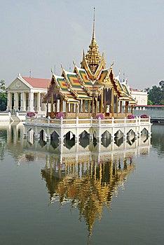 Golden Pavilion-at Palace Bang Pa-In , Thailand Stock Photo - Image: 18939880