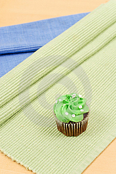 Green Frosting Cupcake Royalty Free Stock Image - Image: 18969516