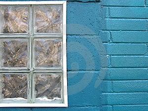 Città variopinta - finestra del turchese Fotografie Stock Libere da Diritti