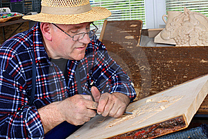 Woodcarver Stock Images - Image: 19073934