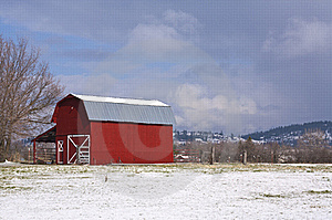 Red Barn, Blue Sky, White Snow. Royalty Free Stock Photo - Image: 19086995