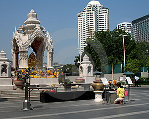Bangkok, Religious Shrine Royalty Free Stock Image - Image: 1916816