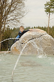 Boy On Fountain Stock Photography - Image: 19167292