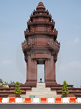 Independence Monument Phnom Penh Royalty Free Stock Photo - Image: 19183905