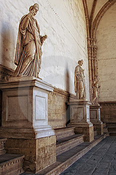 Roman Statues Royalty Free Stock Photos - Image: 19187068