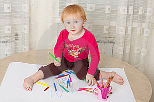 Kid Drawing Picture Stock Photo - Image: 19219440