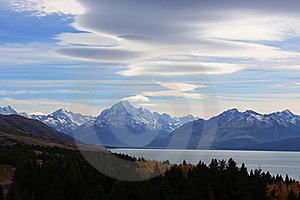 Mt Cook Clouds Royalty Free Stock Photo - Image: 19226645