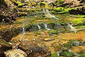Cascade Image stock - Image: 19237241