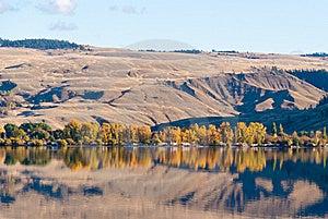 Mountain Lake. Stock Photo - Image: 19239250