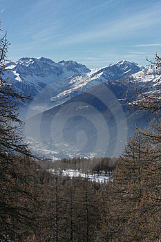 Haze In The Mountain Vale(vertical) Royalty Free Stock Image - Image: 19258566