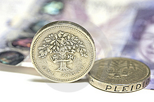 UK Coins And £20 Note Stock Images - Image: 19282244