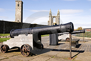 Cannons Stock Images - Image: 19284444