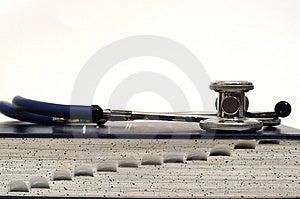 Medicinskt Stetoskop Fotografering för Bildbyråer - Bild: 1934531