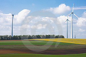 Wind Farm Royalty Free Stock Images - Image: 19403429