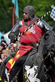Cavaleiro Medieval Em Horseback Foto de Stock - Imagem: 19403650