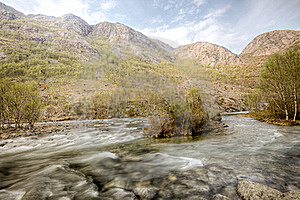 River And Mountains Royalty Free Stock Photos - Image: 19432988